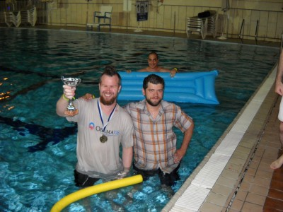 the Winners (Manos & Oskar) were thrown into the pool!