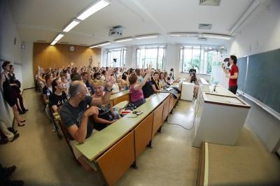 Europa Debatte an der Uni Wien: Ist Lobbying Betrug am Bürger?