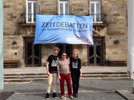 ZEIT_Debatte_Bayreuth_Maerz2015_FelixRomanAnja_1